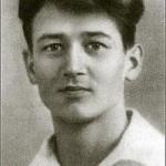 Олесь Гончар  (1918 — 1995). Біографія.